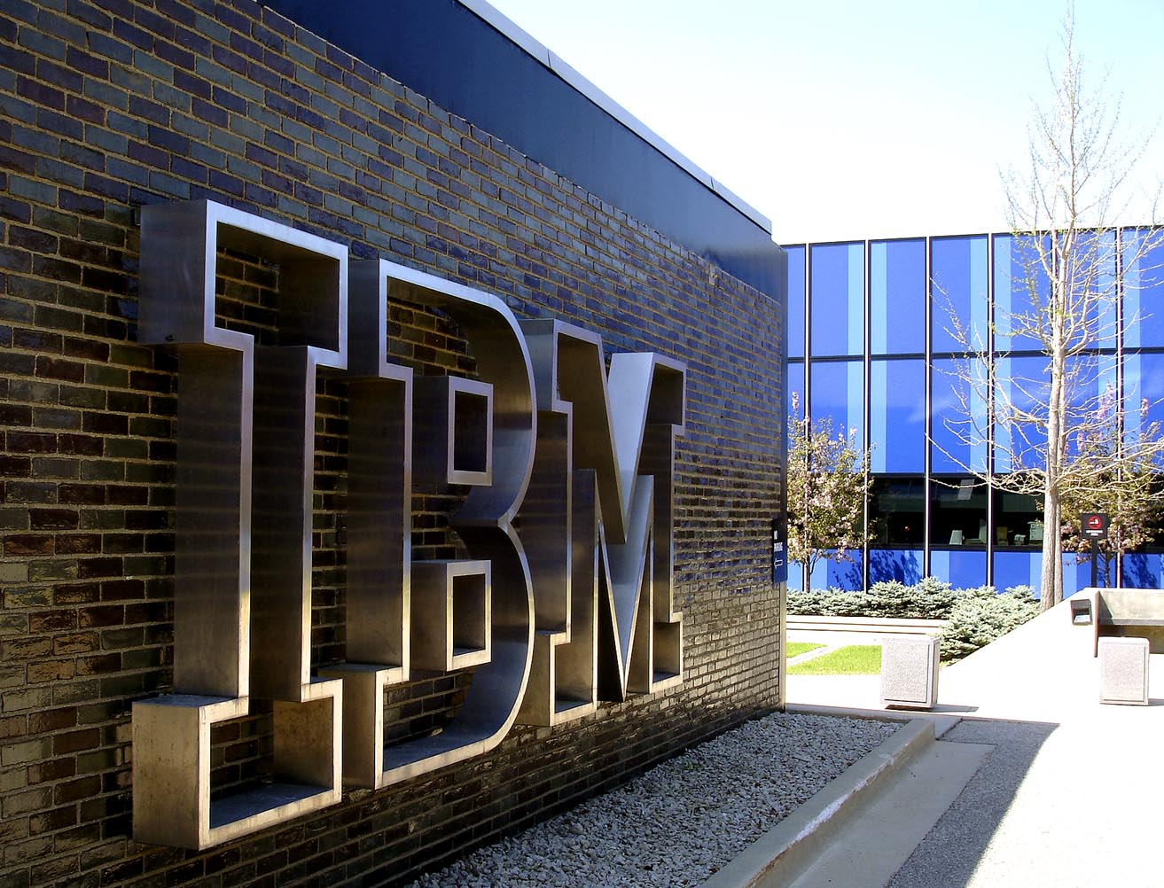 IBM and Airbnb Announce Settlement in Patent Litigation