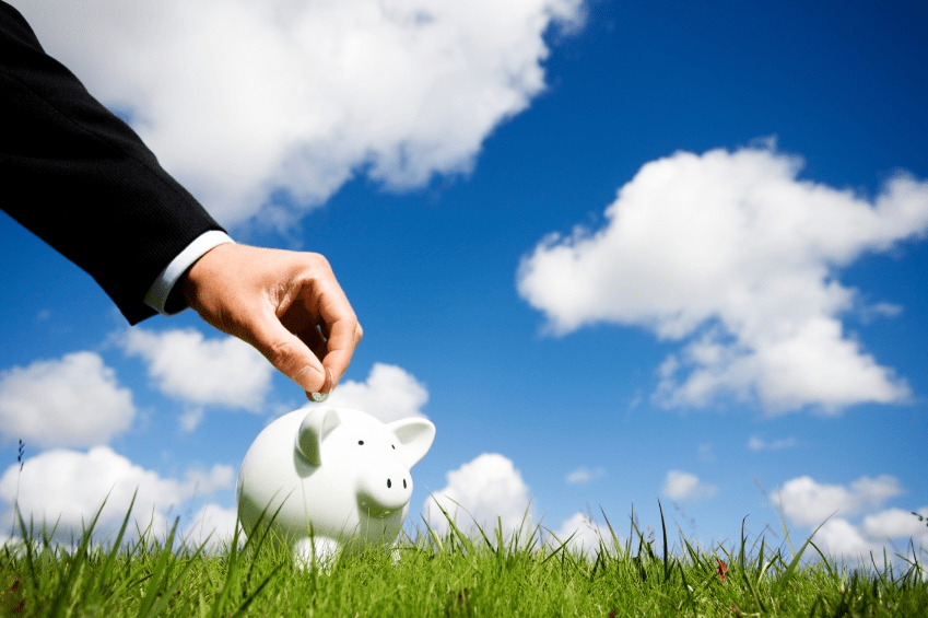 Businesses move key applications off public cloud to save costs